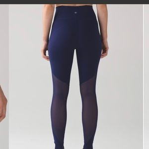 Lulu lemon hot like Agni navy blue leggings